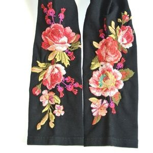 NWT Johnny Was Malui flower Embroidery Leggings